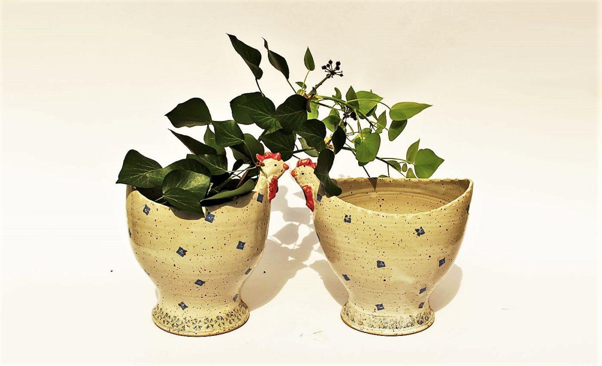 Keramik Huehner fuer Kraeuter und Blumen